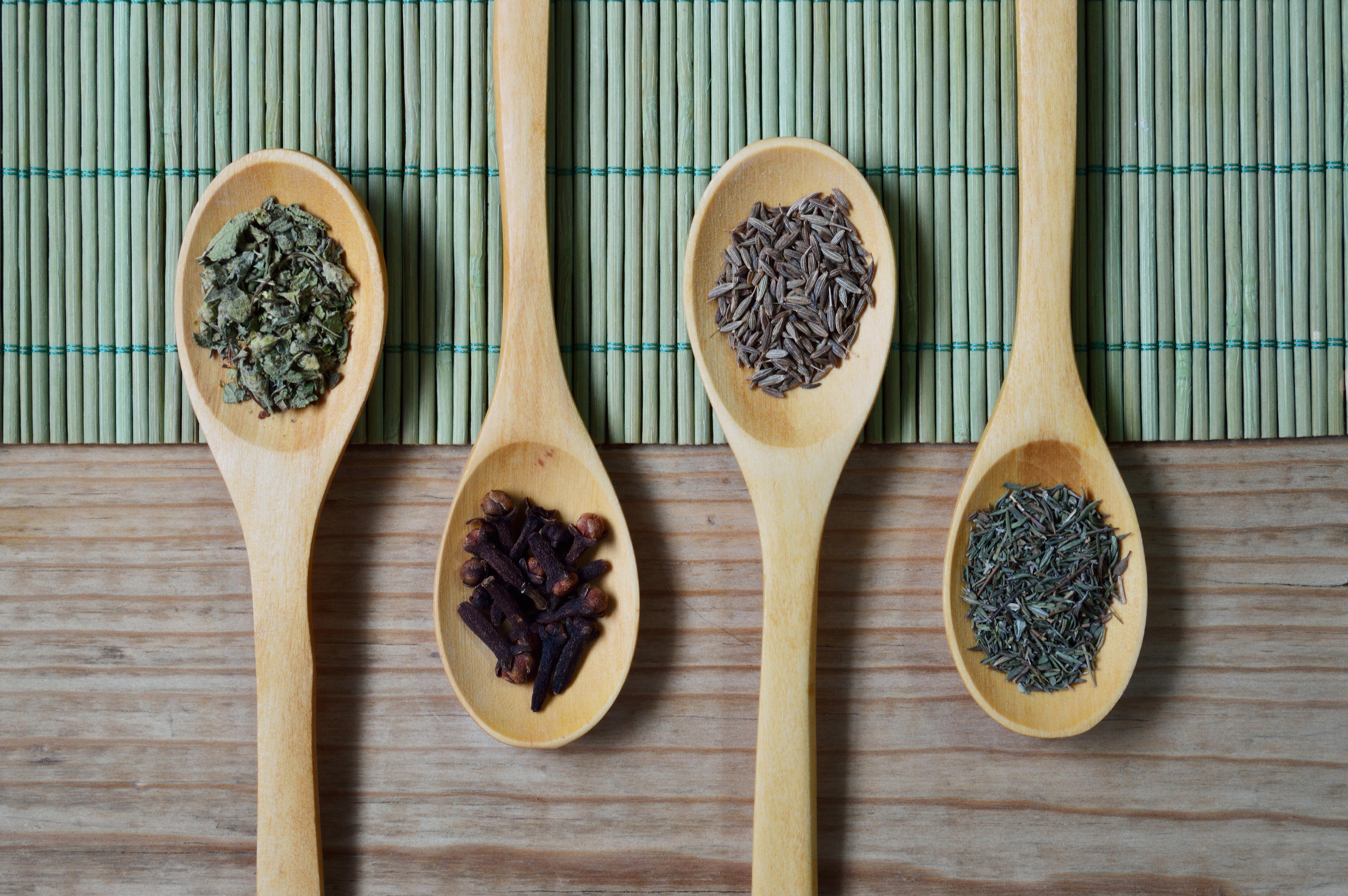 Condimentele – secretul gusturilor copilariei